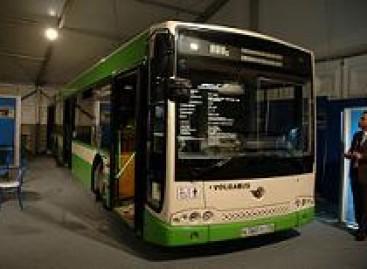 """""""Volžanin"""" pristatė pailgintą autobusą"""