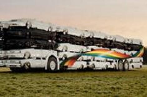 Autobusas… iš automobilių