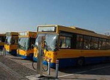 """Vietoj """"Vilniaus autobusų"""" ir """"Vilniaus troleibusų"""" – """"Vilniaus viešasis transportas"""""""
