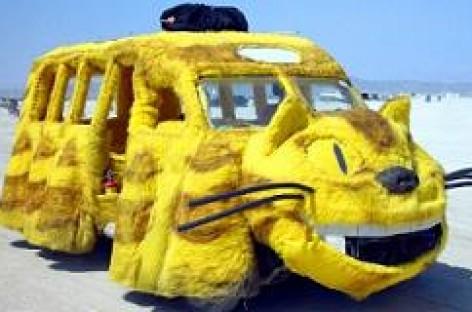 Žaismingi mokykliniai autobusai