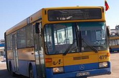 Karščiai išbando autobusus ir keleivius