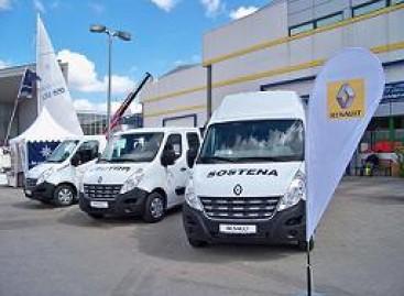 """""""Renault Trafic"""" keleivinių mikroautobusų paklausa didėjo dvigubai"""