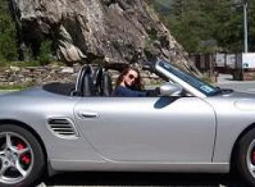 Koks atstumas tarp automobilių saugus?