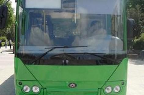 """""""Bogdan"""" pristatė naują autobusą"""