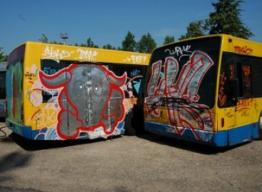 Grafiti kūriniai – ant autobusų