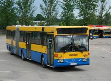 """Valstybės dieną  """"Vilniaus autobusų"""" vairuotojai paminėjo varžybų trasoje"""