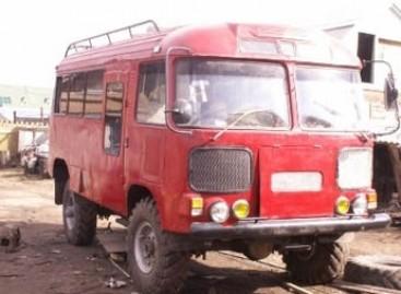 Atnaujintas autobusas virto kemperiu