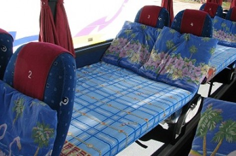 Anglijoje – autobusai su miegamosiomis vietomis