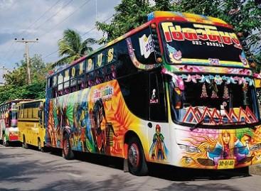 Autobusai – kaip Kalėdų eglutės