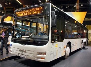 MAN autobusus renkasi ir Vladivostokas