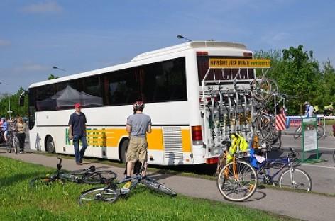 """Prieš vasarą – dar daugiau dviratininkams pritaikytų """"Kautros"""" autobusų"""