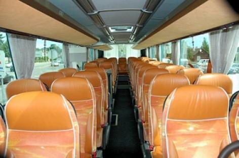Ką daryti, kai važiuojant autobusu pykina?