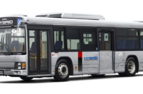 Isuzu pristato hibridinį autobusą