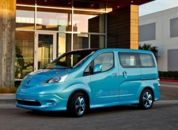 """""""Nissan e-NV200″ bus gaminamas Ispanijoje"""