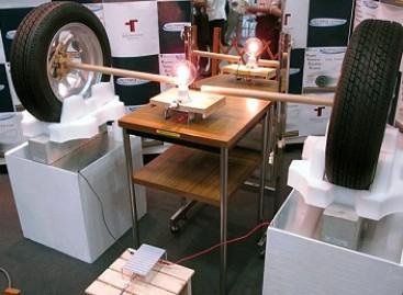 Japonai sukūrė belaidžio pakrovėjo prototipą elektriniams automobiliams