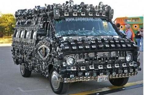 Fotografuojantis mikroautobusas