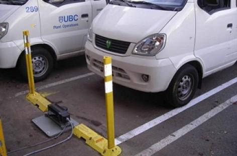 Išbandyta belaidė elektromobilių įkrovimo technologija