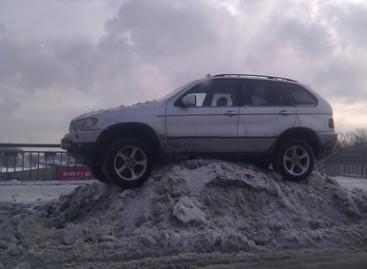 Automobilių statymo ypatumai žiemą