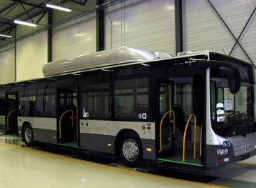 """MAN """"Lion's City CNG"""" autobusai pasirengę kelionei į Lietuvą"""