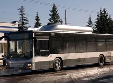 Sostinėje – pirmieji nauji dujiniai autobusai