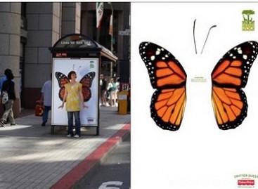 Autobusų stotelėje – zoologijos sodo reklama