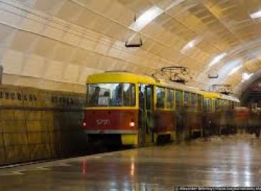 Kokiame mieste metro funkciją atlieka tramvajus?