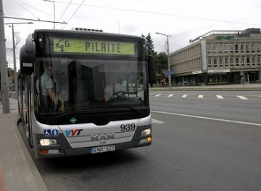 Į sostinės viešąjį transportą grįžta keleiviai