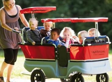 """""""Kinderbus"""" – autobusas kūdikiams vežioti"""