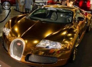 "Auksu dengtas ""Bugatti Veyron"""