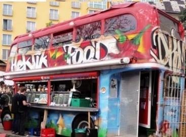 Senas autobusas atgimė naujam gyvenimui