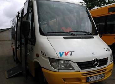 Į sostinės gatves išvažiuoja žemagrindžiai mikroautobusai