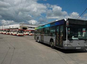 Pirmieji sostinės autobusai jau įsikūrė troleibusų parke