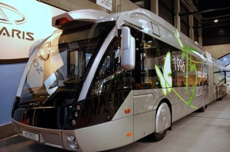 Autobusai gali sumažinti žūvančiųjų keliuose skaičių