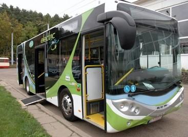Taline išbandomas elektrinis autobusas