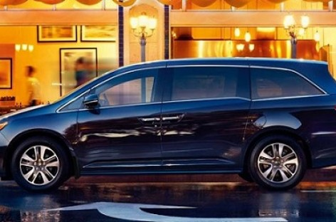 """""""Honda"""" pristatys naują miniveną """"Odyssey"""""""