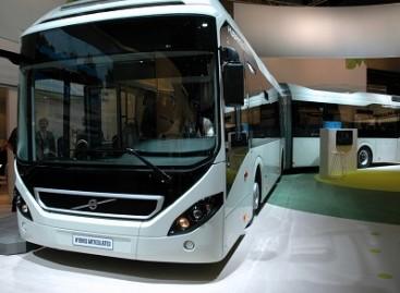 """""""Volvo"""" naujienos """"Busworld Europe 2013"""" parodoje"""