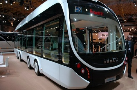 """""""Busworld Europe 2013"""" – ir rytdienos transportas"""
