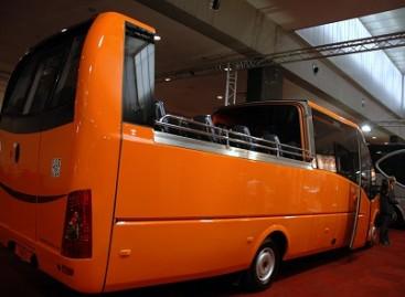 """Autobusai kabrioletai – """"Busworld Europe"""" parodoje"""