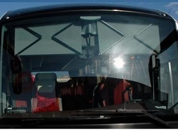 Ateities automobilių stiklai bus valomi ultragarsu