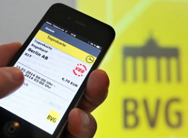 Berlyne leista viešojo transporto bilietus pirkti išmaniuoju telefonu