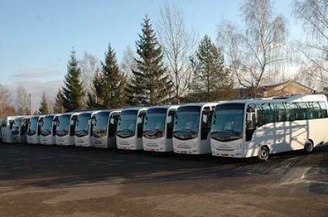 """""""Isuzu"""" autobusai iškeliavo į Estiją ir Latviją"""