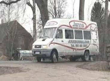 Estijoje – autobusas kirpykla
