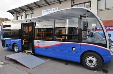 Pietų Afrikoje surenkami britiški autobusai