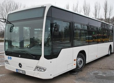 """""""Busturas"""" įsigijo pirmuosius per nepriklausomybės laikotarpį naujus pailgintus autobusus"""