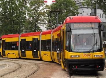 Lenkijoje surinkti tramvajai keliaus į Maskvą