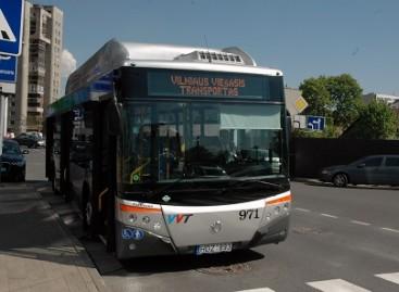 Sostinės gatvėmis jau važinėja penkiolika ispaniškų autobusų
