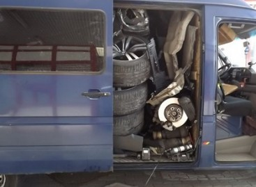 Kaip sukišti BMW X6 į įprastą mikroautobusą?