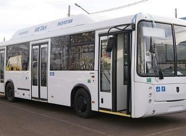KAMAZ pristatė naują NEFAZ autobusą