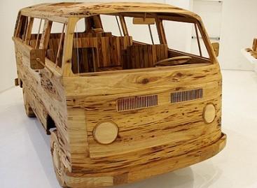 """""""Volkswagen"""" mikroautobusas… iš medžio"""