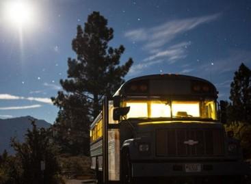 Diplominis darbas – namai autobuse